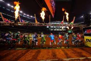 Monster Energy AMA Supercross 2019: Предварительный список гонщиков Анахайм 2 (Anaheim 2  🇺🇸 Angel Stadium)