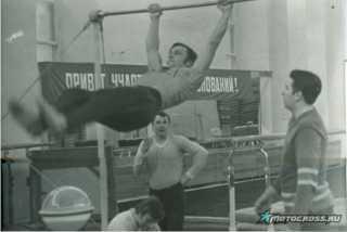 Геннадий Моисеев: современный мотокросс - это союз мышц и мотора.
